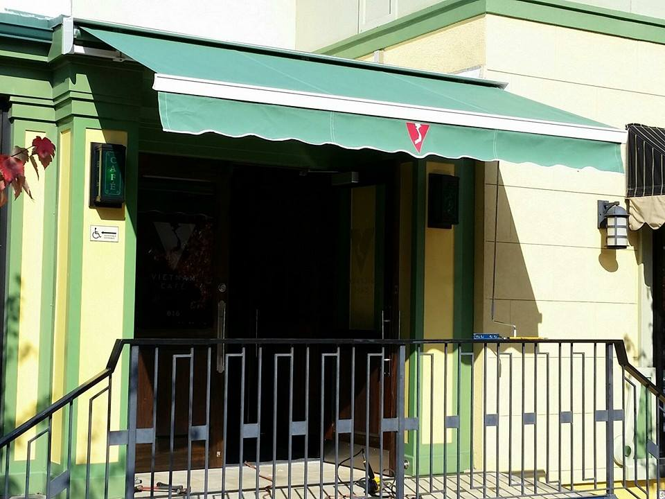 Commercial Retractable Awnings – New Jersey Awnings